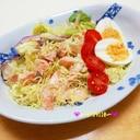 サーモンとアンチョビキャベツのサラダ