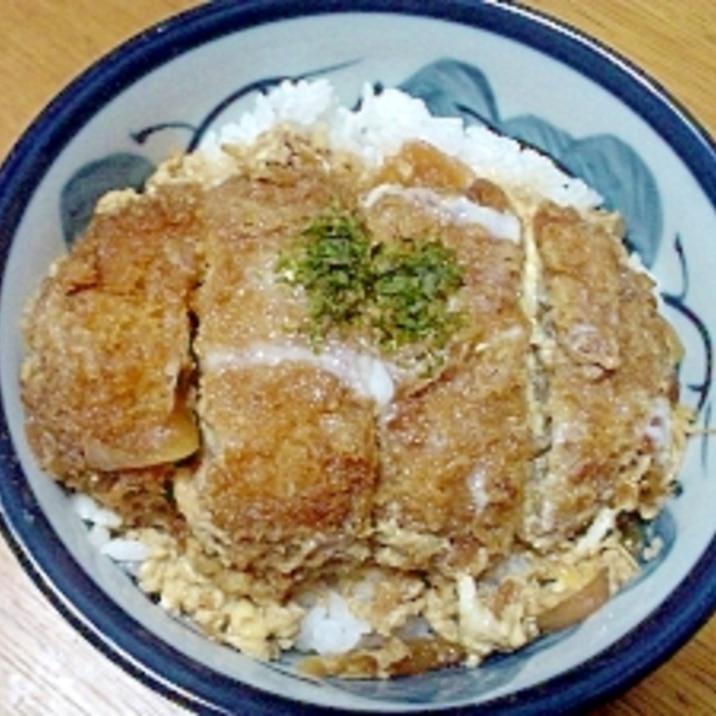 メンチカツ丼