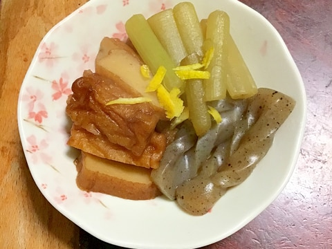 フキとさつま揚げとこんにゃくの炒め煮。