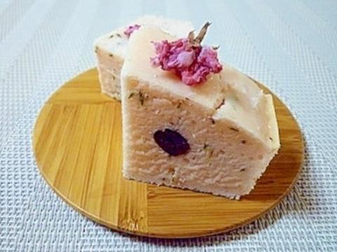 卵・バター・小麦粉不使用✩米粉の桜パウンドケーキ