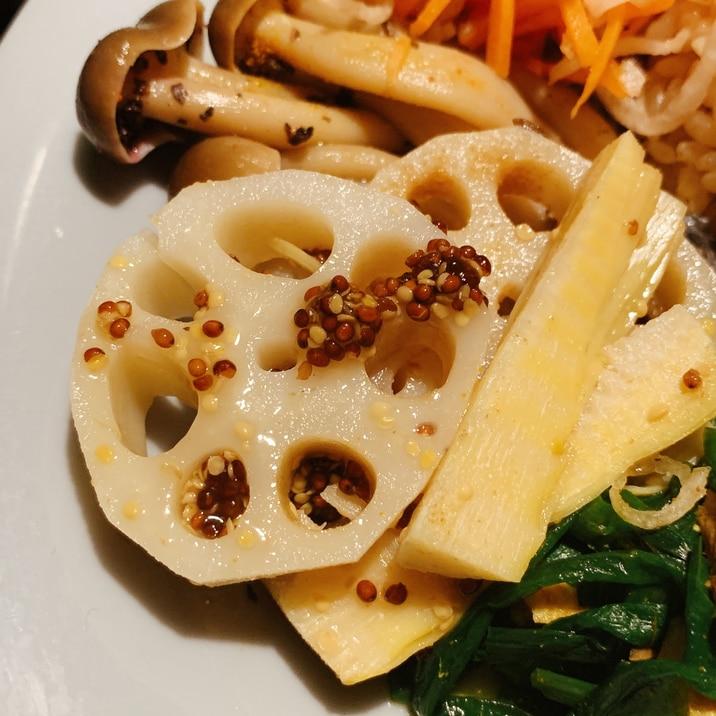 カレーのつけあわせに、筍と蓮根のアチャール