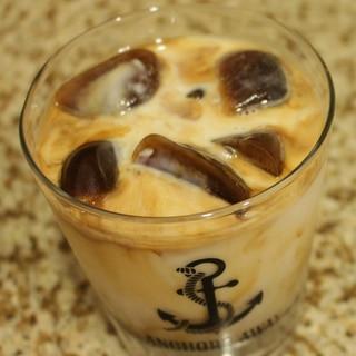 ミスドの氷コーヒー風 氷のアイスカフェラテ