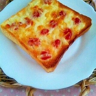 忙しい朝にお手軽で簡単♪うちの具なしピザトースト