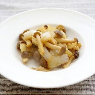 シメジと玉ねぎのバター醤油オリーブオイル炒め
