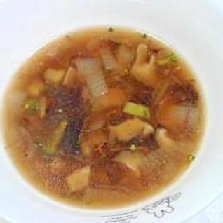野菜の醤油コンソメスープ