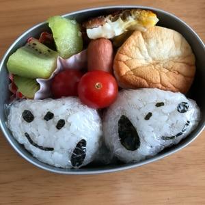 キャラ弁*スヌーピーおにぎりのお弁当♪