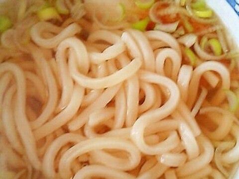 関西風スープのちくわうどん