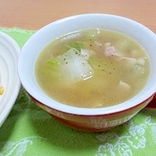 生姜入り*白菜とベーコンのコンソメスープ*