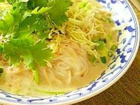 素麺でタイ料理~カノムヂン・ナムヤー