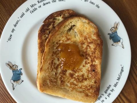 食パンでフレンチトースト