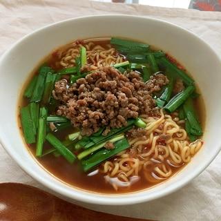 台湾袋麺で♪牛豚そぼろとニラで台湾ラーメン♡