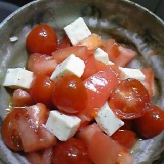 オリーブオイルと塩コショウだけで!トマトサラダ