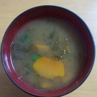 かぼちゃとあおさのお味噌汁