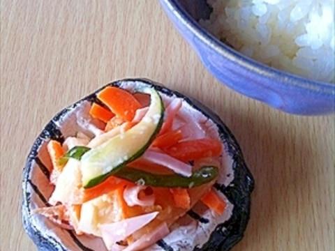 野菜ピクルスとロースハムのサラダ
