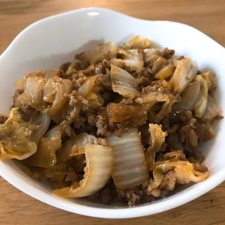 簡単!白菜とひき肉のすき焼き風炒め
