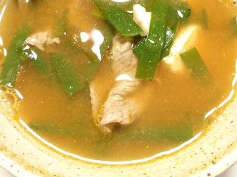 牛肉とニラと木綿豆腐の韓国スープ