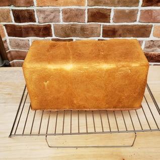 極上生クリーム角食パン(湯種法)