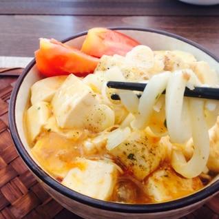 市販の麻婆豆腐の素でマーボーうどん