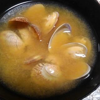 あさりの赤味噌汁