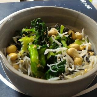 青梗菜と豆の和え物