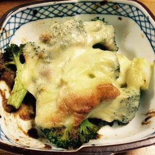 残り物リメイク☆ブロッコリーのカレーチーズ焼き