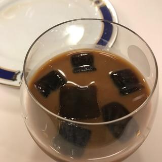 コーヒー氷で作る アイスコーヒー