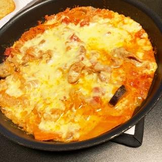 フライパンで手抜き!クリームトマト煮☆