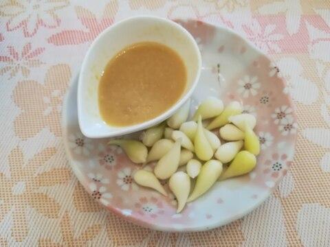 生のあさつきの根(玉)には酢味噌付けの食べ方が◎