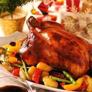 さっぱりソース&冷凍ピラフで簡単クリスマスチキン
