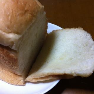 オリーブオイルの米粉パン