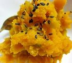 シンプルに素材の甘さ!かぼちゃの塩麹和え