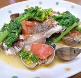 菜の花と白身魚のアクアパッツァ