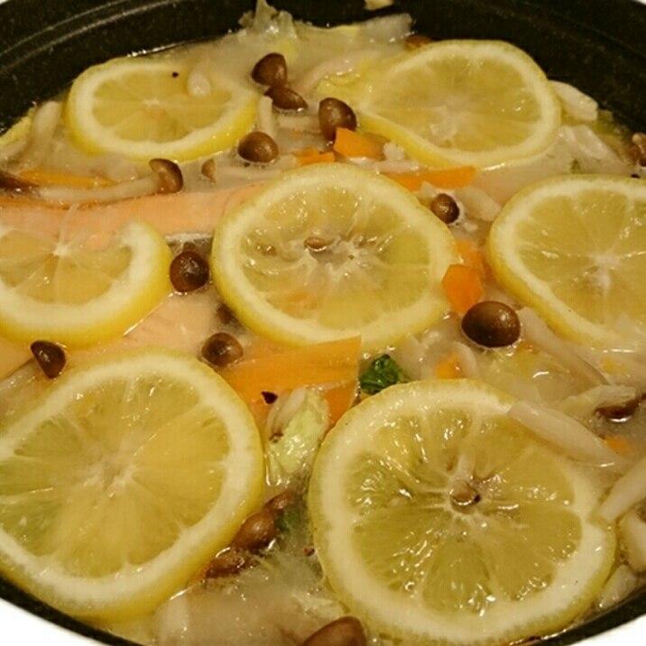 ☆簡単☆あっさり塩レモン鍋☆