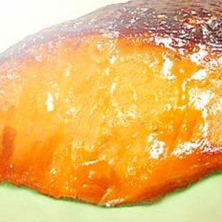 鮭のにんにく醤油焼き