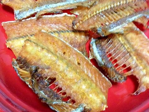 太刀魚の骨せんべい