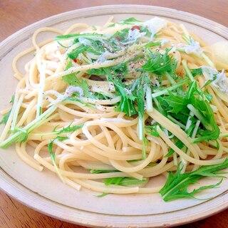 簡単パスタ!じゃこと水菜のペペロンチーノ