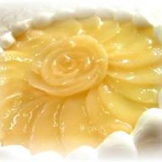 桃のフラワーケーキ