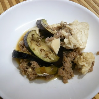 なすと豆腐のひき肉炒め