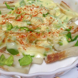 包丁要らず〜♪竹輪とピーマンのチーズ焼き