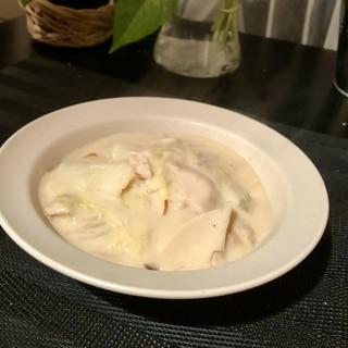 白菜とエリンギ^ - ^中華風クリーム煮♪