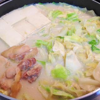 豆乳つゆで☆鶏肉とキャベツの豆乳鍋