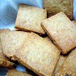ビタミン・鉄分豊富な小麦胚芽と、ごまのクッキー