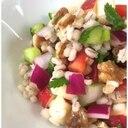 もち麦のタブレ(スプーンで食べる粒々サラダ)