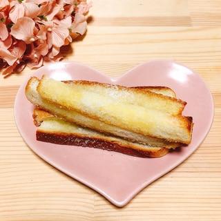 パン耳でバター香るさくさくラスク