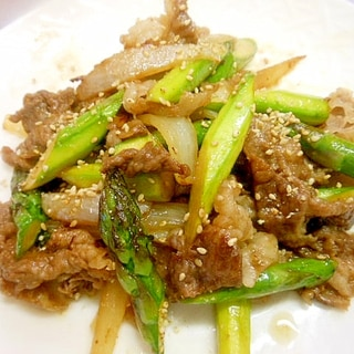 アスパラ・新玉葱・牛肉の焼き肉のたれ炒め
