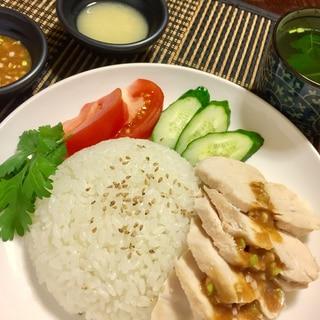2種類のタレが美味*カオマンガイとパクチースープ