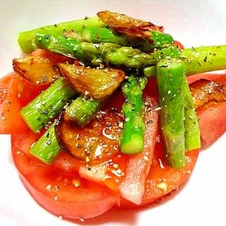 アスパラとトマトのガーリックオイルサラダ