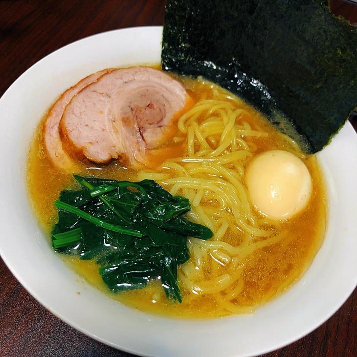 本格濃厚 横浜家系 豚骨醤油ラーメン