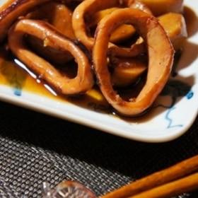 ほっくりおばあちゃんの味、烏賊と里芋の煮物