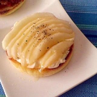 ラ・フランスとクリームチーズの朝食マフィン